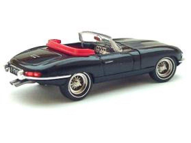 transkit jaguar e type automobilia 7870901. Black Bedroom Furniture Sets. Home Design Ideas